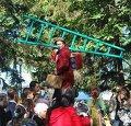 Выступление французского уличного театра «Валовое внутреннее счастье» в Самаре